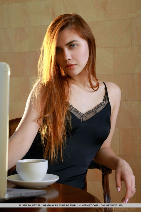 Alissia 004