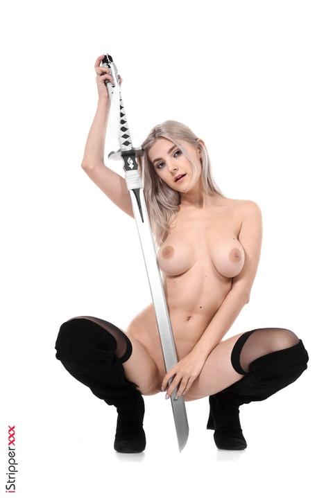 Eva Elfie  030
